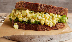 simple egg salad sandwich